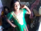 CHIKNI CHAMELI DANCE BY ROSHINI SWEETY